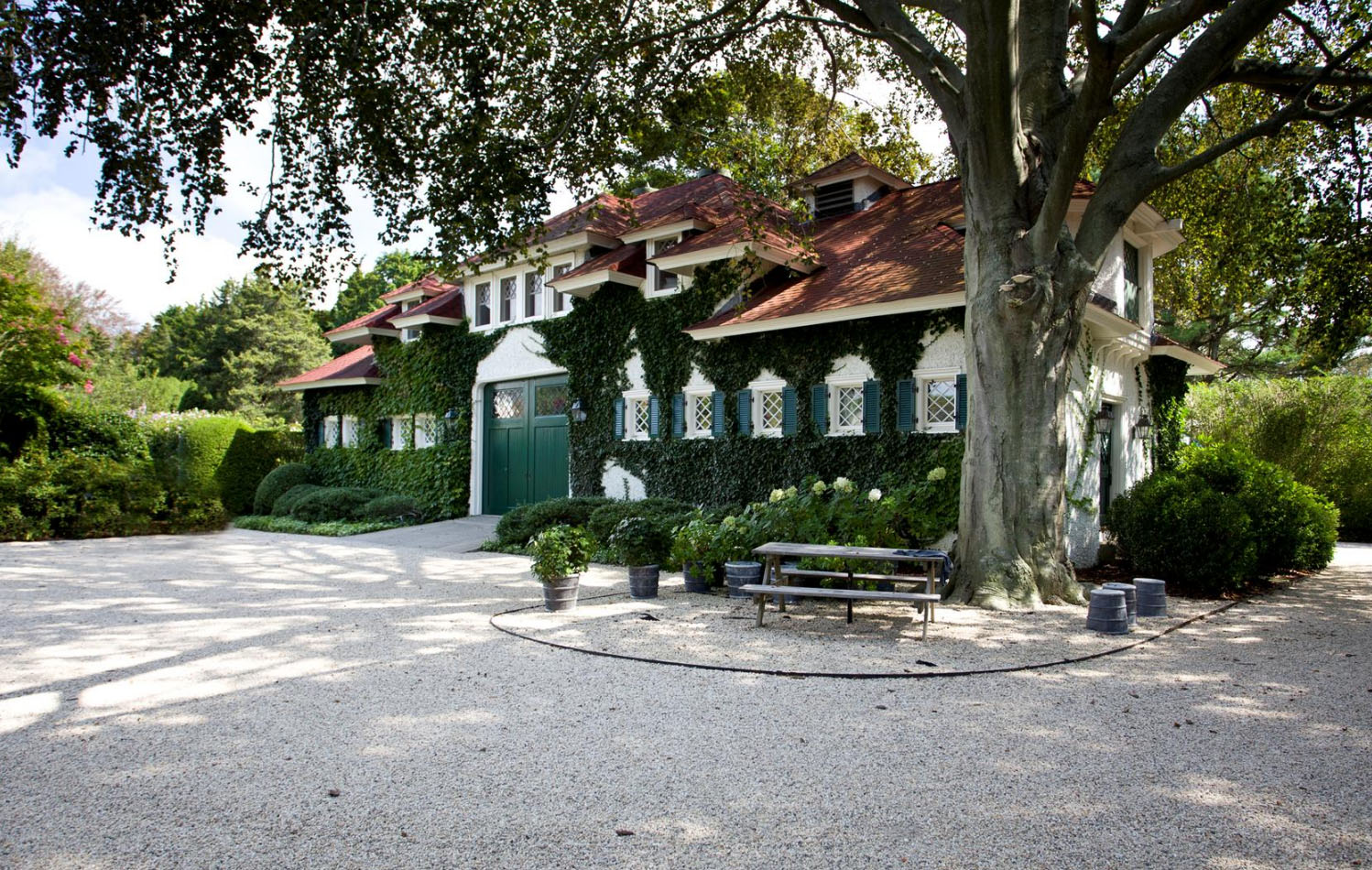 Restored Historical Residence In Southampton Village