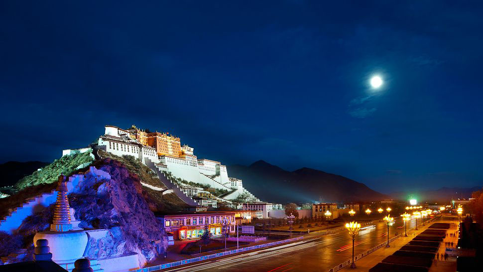 The St Regis Lhasa Tibet Luxury Hotel At 12 000 Feet