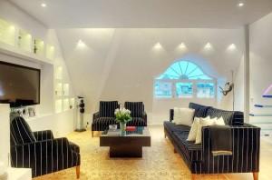Elegant Apartment Decor