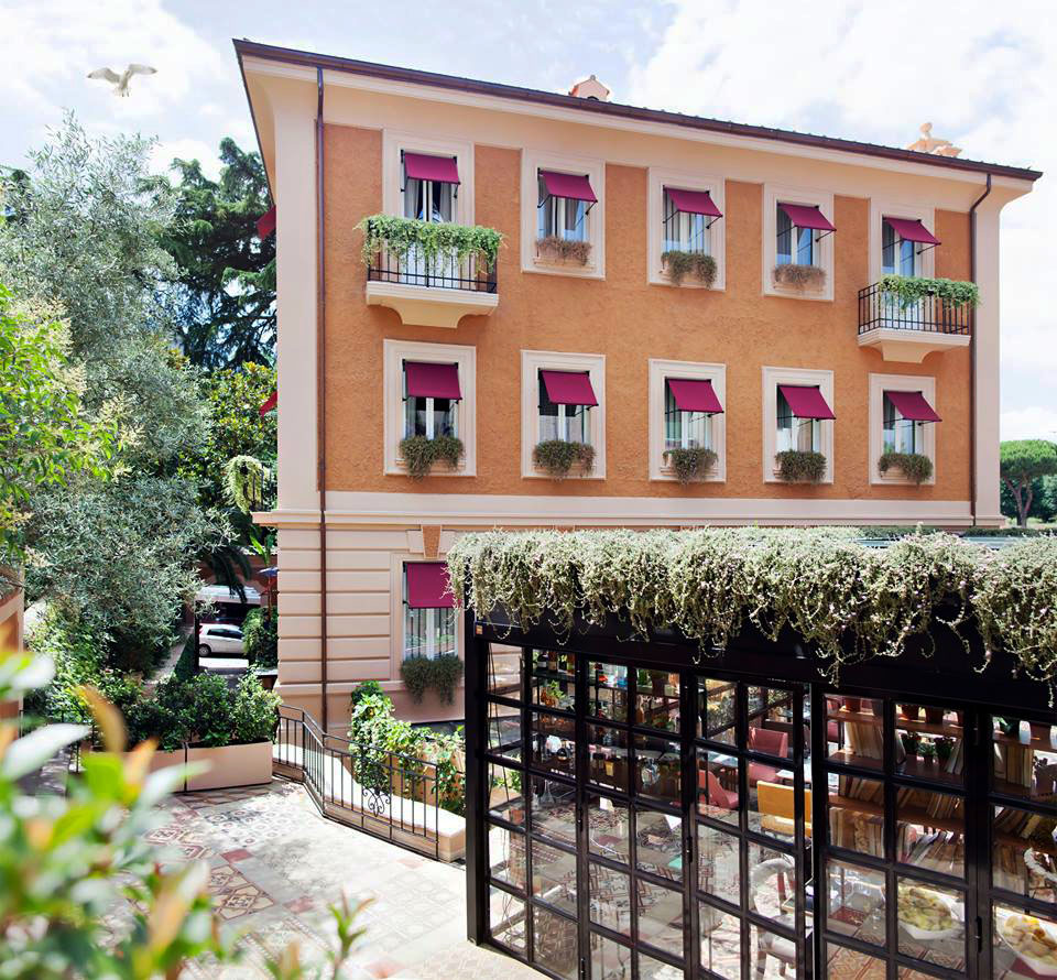 The Corner Townhouse Rome Exterior