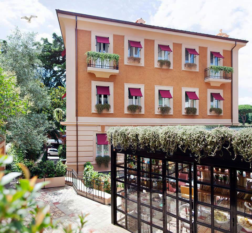The Corner Townhouse Rome Exterior