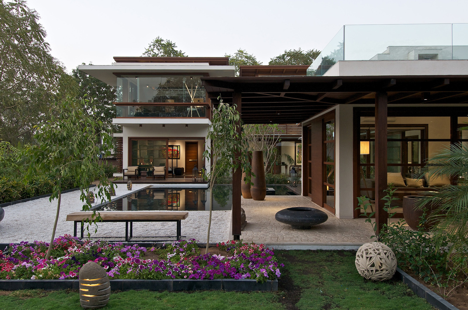 Modern Open Kitchen Design Timeless Contemporary House In India With Courtyard Zen