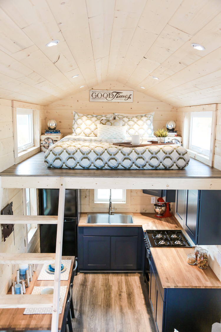 Tiny Dream Home On Wheels With Two Sleeping Lofts ...