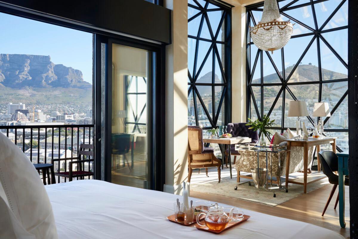 vente en ligne publier des informations sur Couleurs variées Timeless Glamour at The Magical Silo Hotel in Cape Town ...