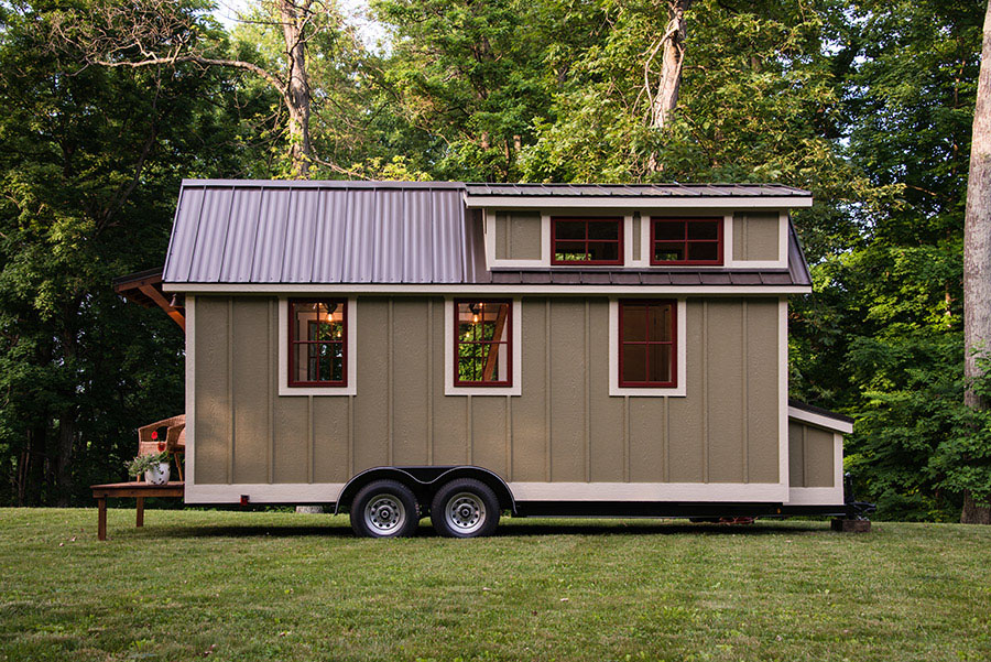 Craftsman Tiny Mobile Home