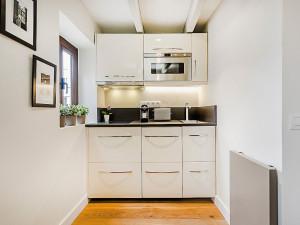 Modern Mini Kitchen