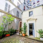 Bohemian Tiny House In Paris