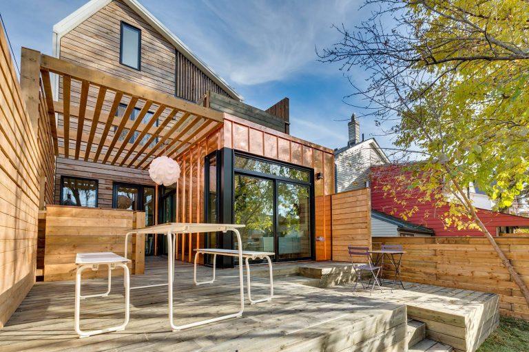 namas Toronto-Beaches-Energy-Efficient-Modern-Home_19-768x511
