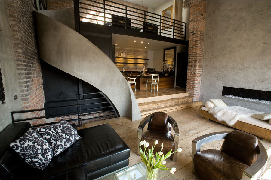 Triplex Apartment In Prague