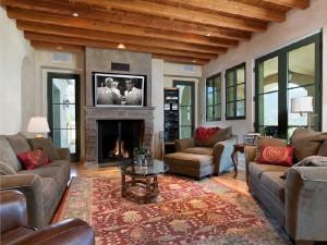 Tuscan-Villa-Living-Room