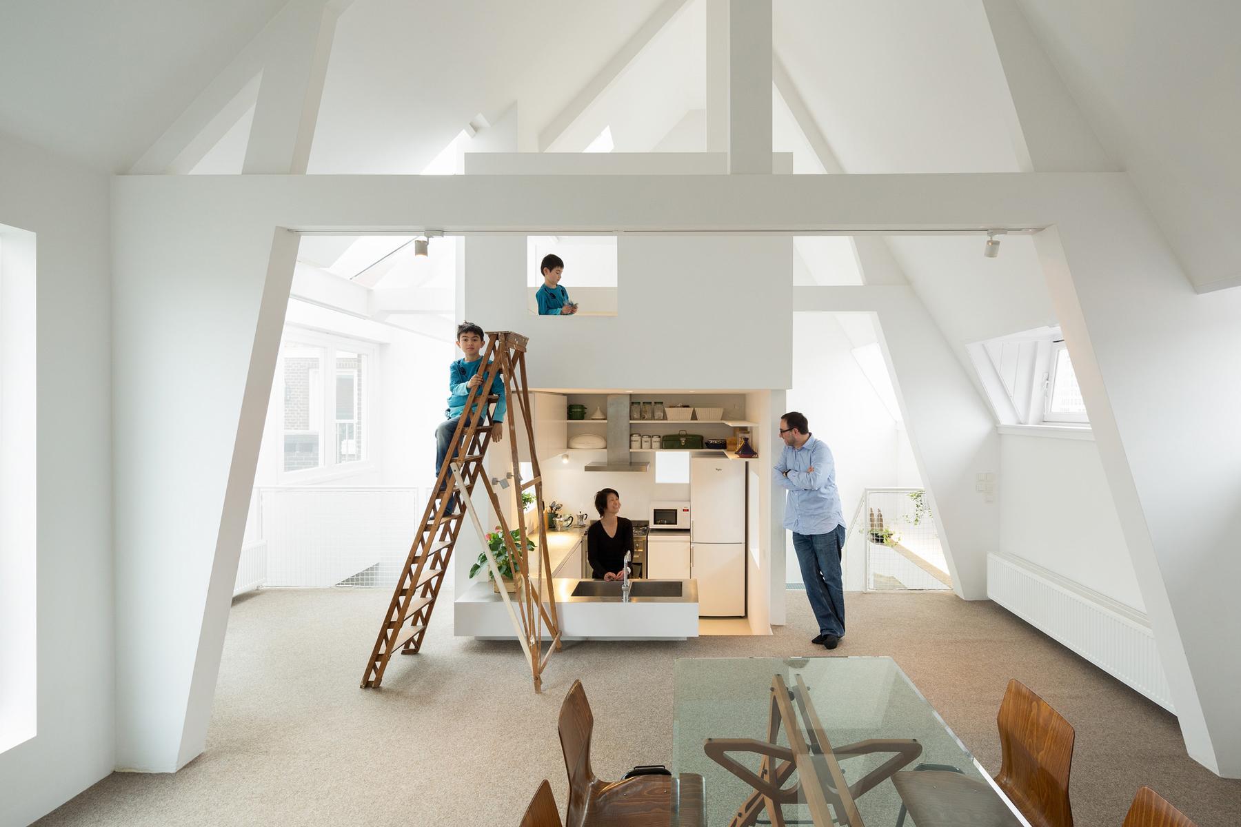 Modern Spacious Family Apartment