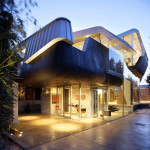 Skywave House – An Artistic Residential Architecture