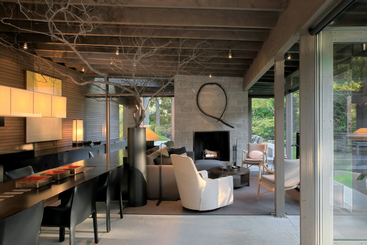 Modern Simplicity Interior Decor