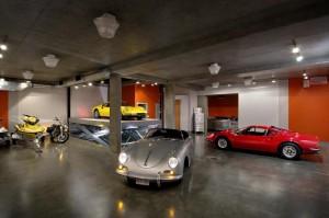 Underground-Garage-for-James-bond