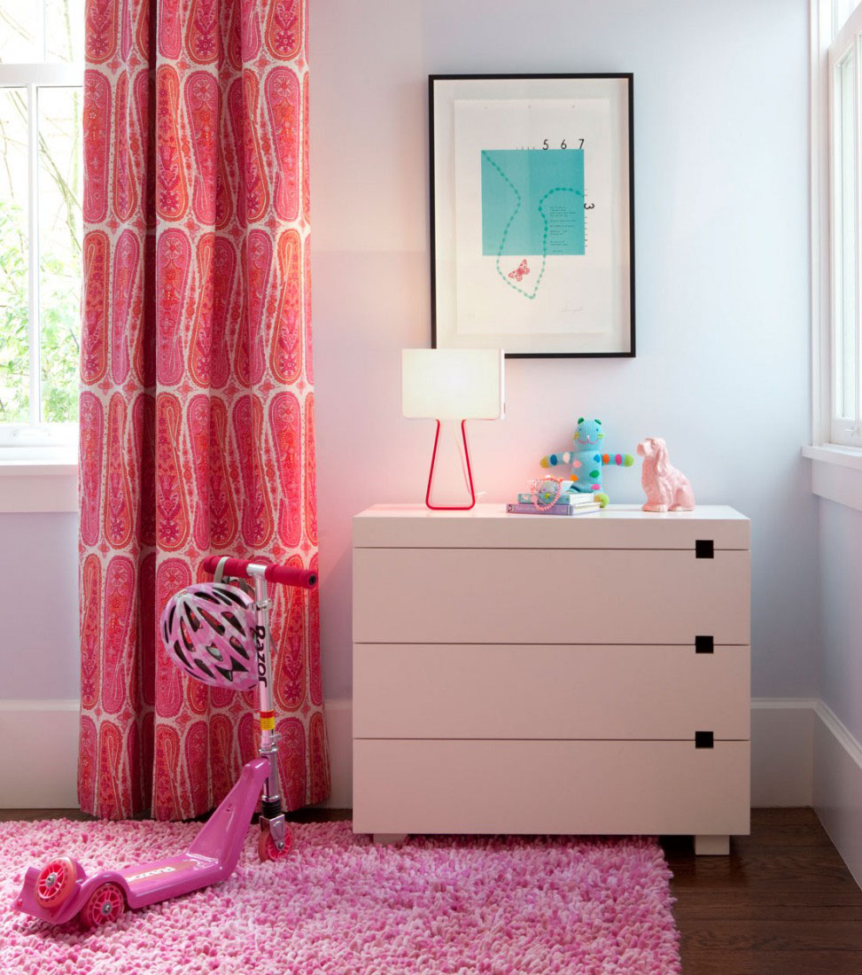 Pink Girl's Bedroom Design