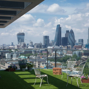 London Apartment with City View