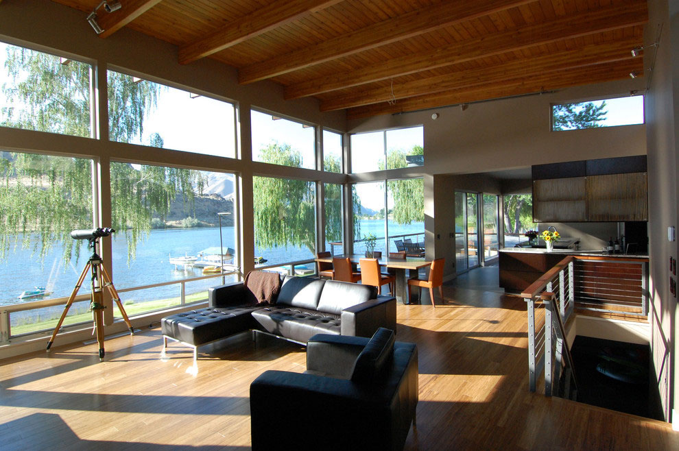 Luxury Contemporary House By The River In Washington