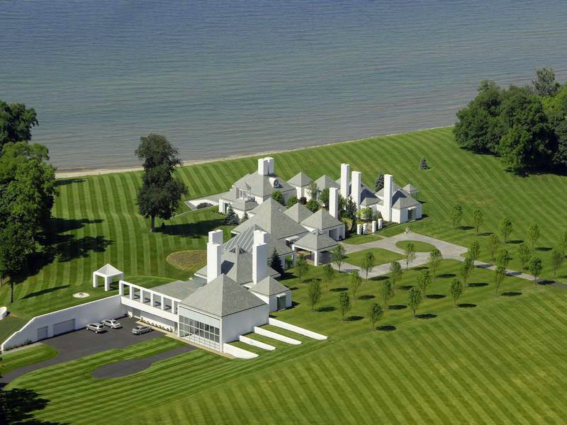 Waterford Estate Modernist White Castle On Lake Erie