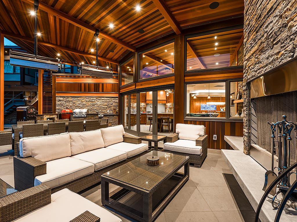 West Coast Modern Energy Efficient Luxury House British