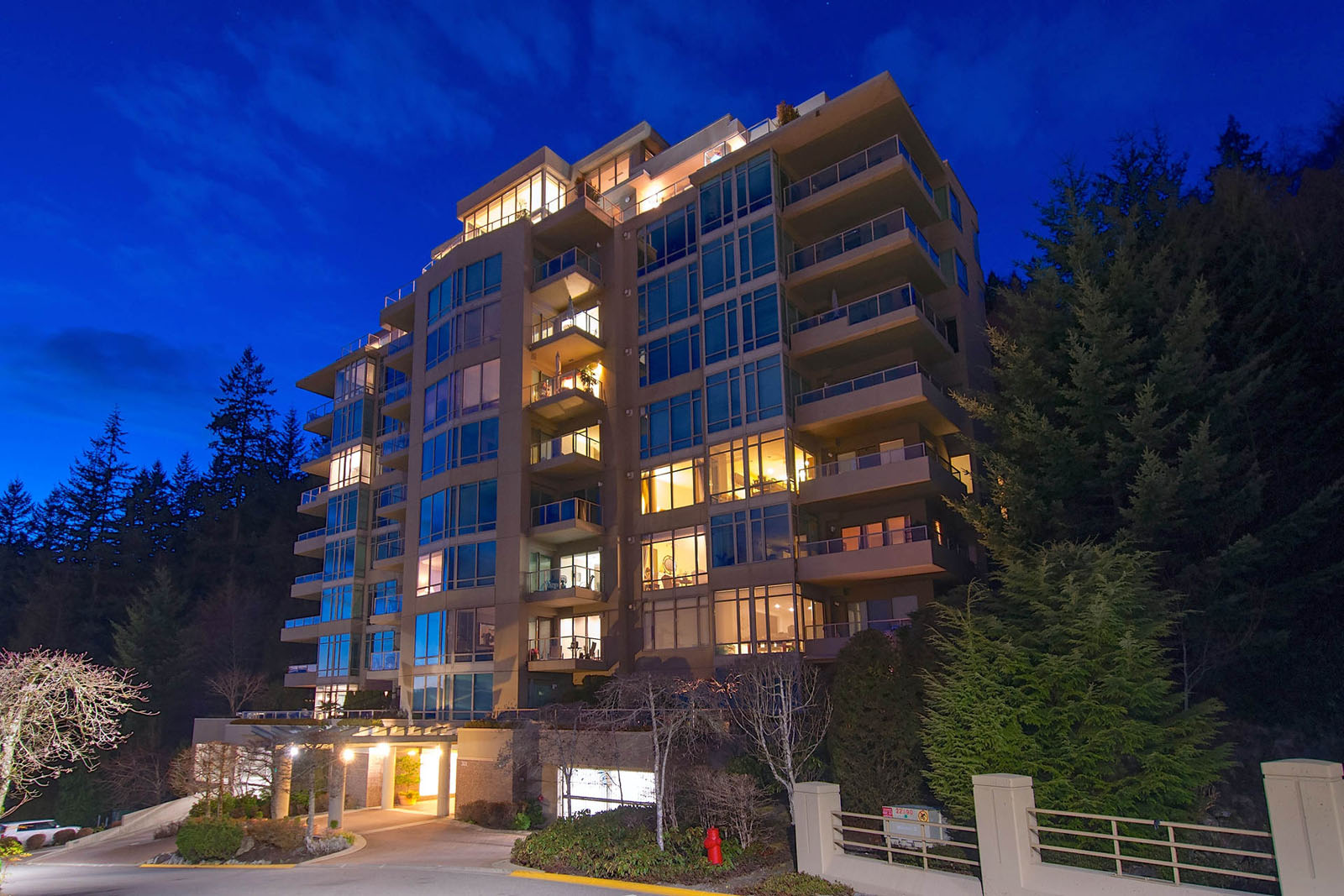 Deer Ridge West Vancouver Luxury Condo
