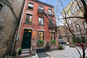 Charming Studio Home in West Village