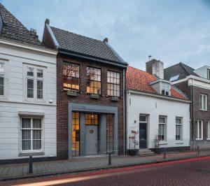 Renovated Contemporary Urban Home